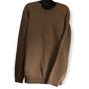 L.L. Bean men's heavy Knit brown sweater w/ ribbed crew neck and ribbed cuffs